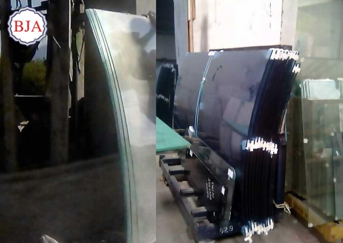 Kaca Lengkung Jendela
