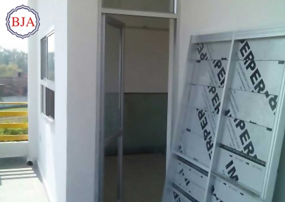 Pintu Aluminium Cibinong