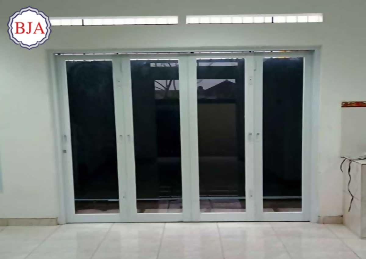 pintu aluminium ykk
