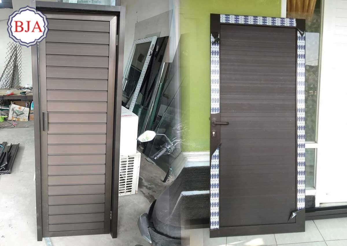 Pintu Kamar Mandi Aluminium Polos