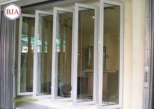 jendela pivot aluminium