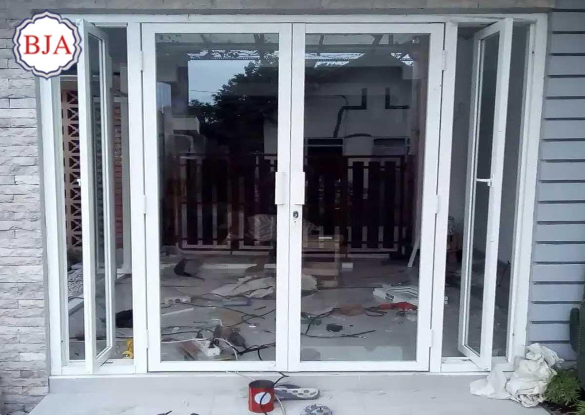 Kusen Aluminium Pintu Dan Jendela