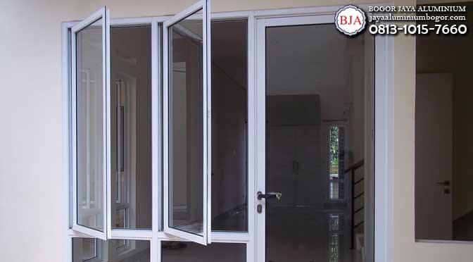 jendela aluminium swing