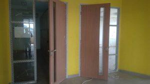 proyek pintu aluminium
